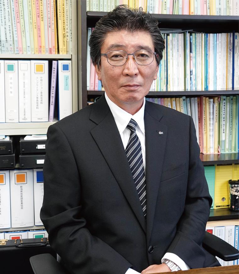 副社長 技術管理部門統括 平野吉彦